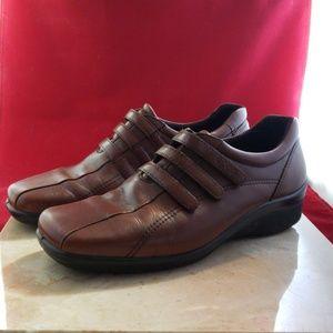 Ladies Brown Ecco Hook & Loop Shoes Size 40